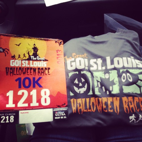 One of my favorite races of the year! Going as Smurfette tomorrow. :) #packetpickup