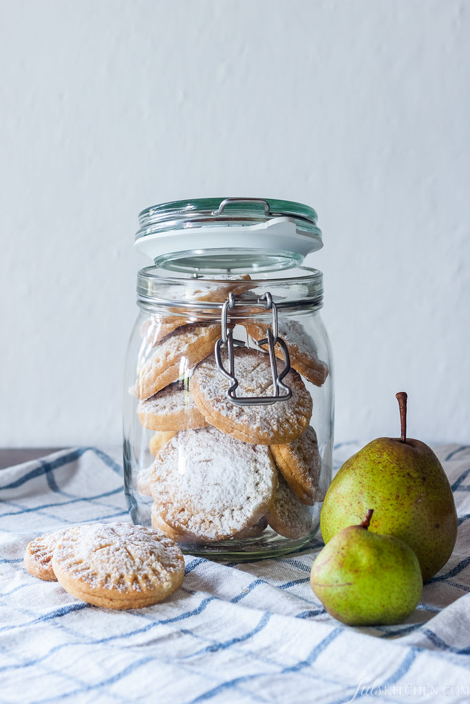 pear shortbread cookies