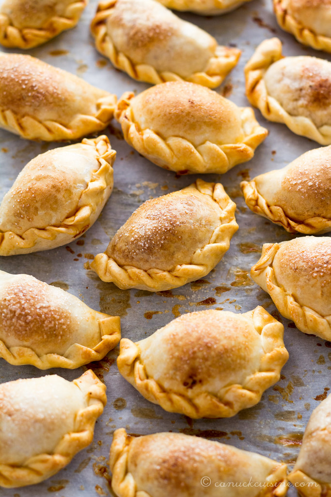 Baked Empanadas Recipe — Dishmaps