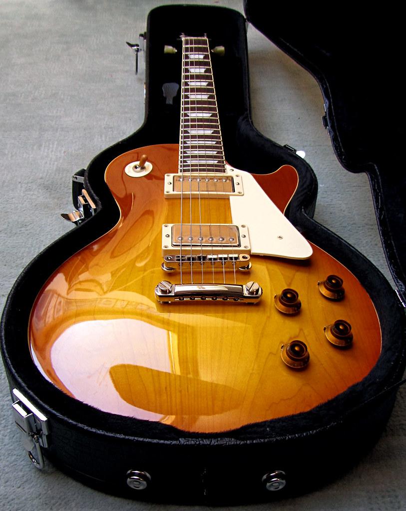 Egy ujabb erdekes hangu hangszer 397 - Konstrukci Ja Megegyezik Az 1958 Gibson Les Paul Reissue Sz Ri Val R8 L Legzetel Ll T Hangszer Tel 30 3051487 Kem Nytokkal