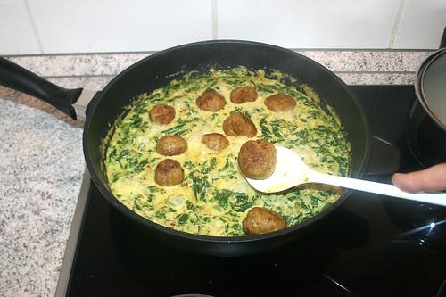 42 - Fleischbällchen hinzufügen / Add meatballs