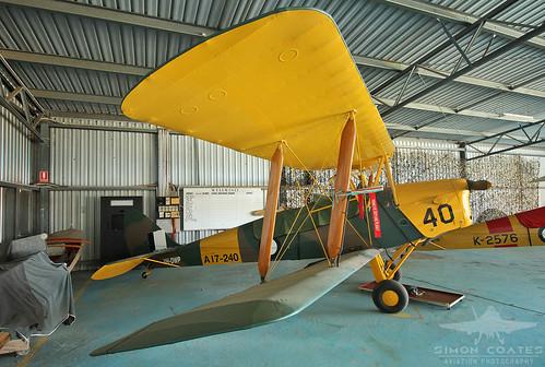VH-DWP DE HAVILLAND DH-82A TIGER MOTH