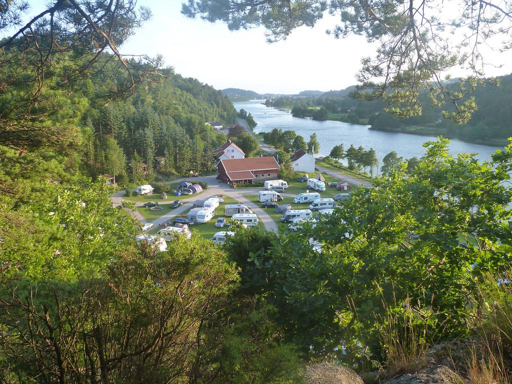 Sandnes camping with Mandal river