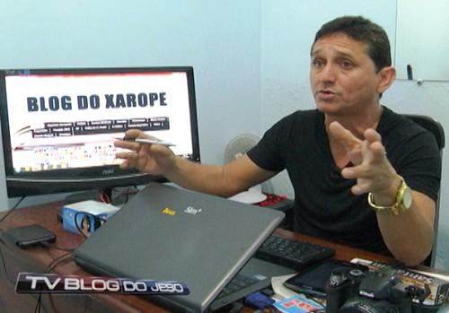Xaropinho, blogueiro