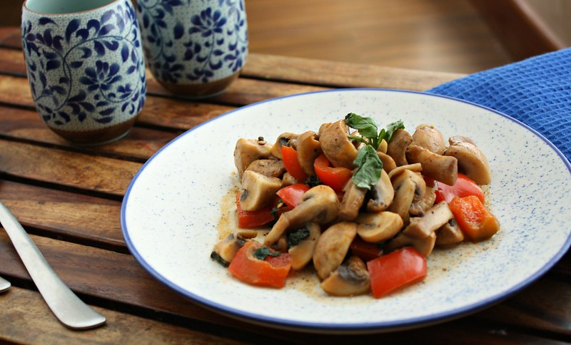 thai style mushrooms2