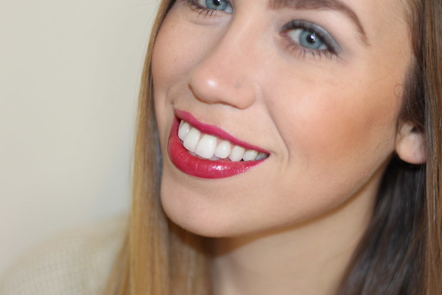 Living After Midnite: Makeup Monday: Glossy Red Lips