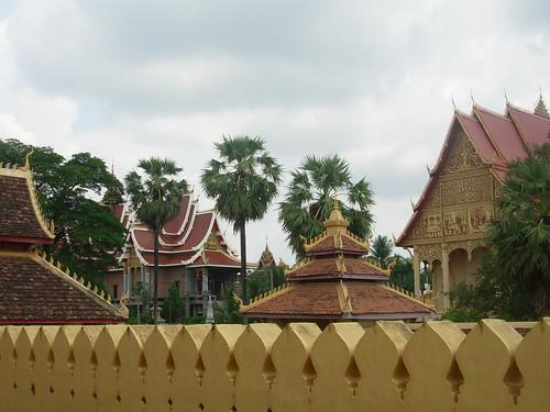 Vientiane 2007-Wat That Luang (8)