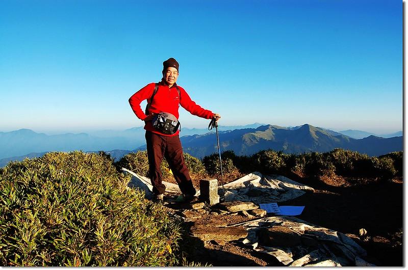 奇萊南峰頂 5