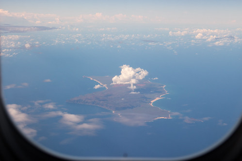 窓から見える島
