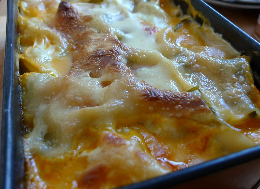 Close up of lasagne in tin