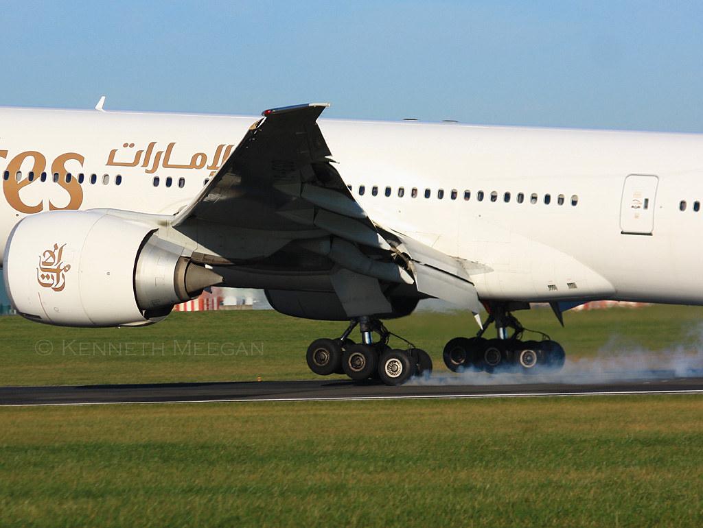 A6-EGD - B77W - Emirates