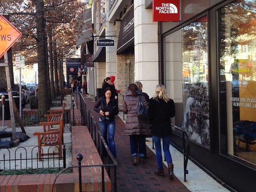 Crowded Sidewalks, Bethesda Row_cropped
