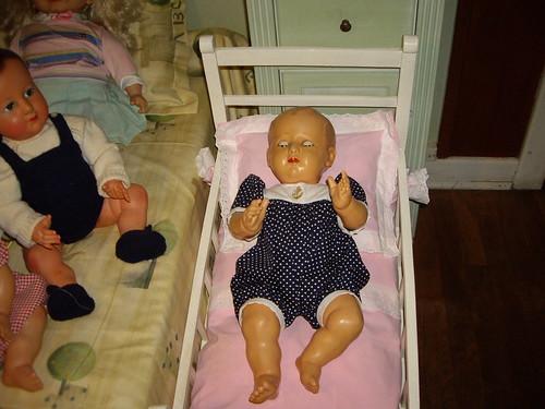 Les poupées de ma maison  11368104573_408851afd1