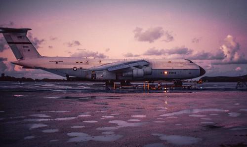 biot britishindianoceanterritory c5 diegogarcia galaxy lockheed mac usaf airfield atoll base dawn early military morning 90005 690005 kodachrome 35mm slide film