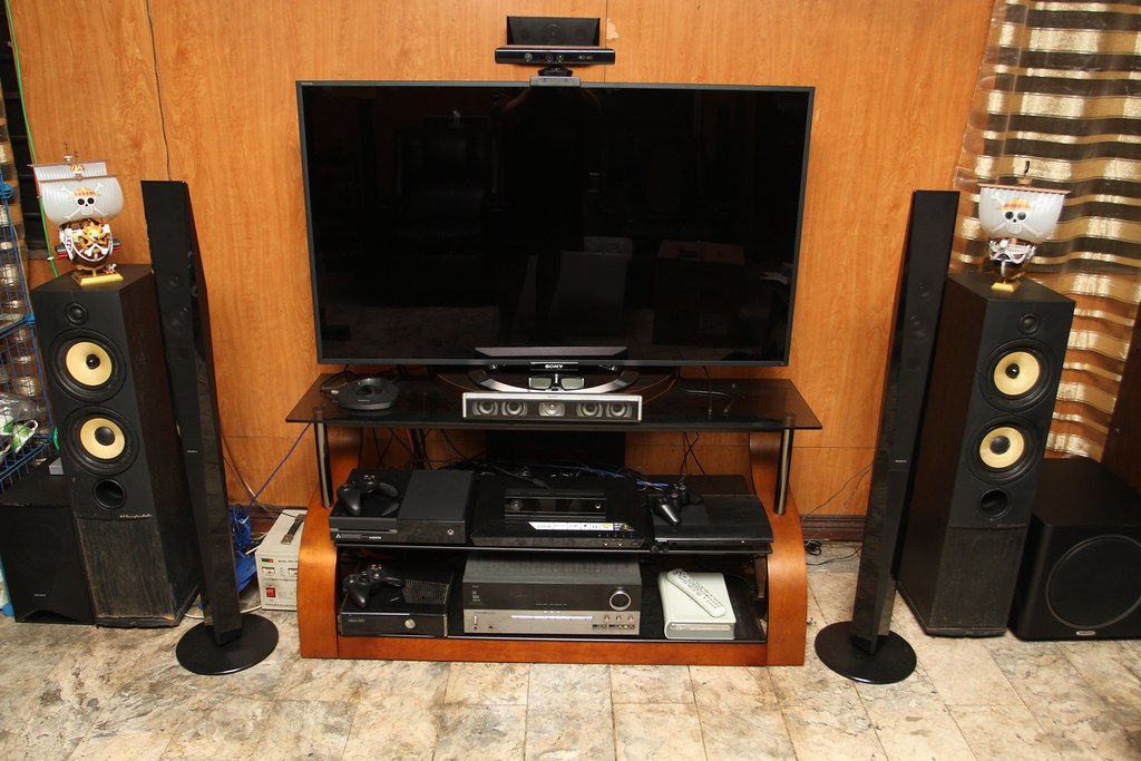 Ps3 Gaming Setup Ideas Living room gaming theater Xbox Gaming Room