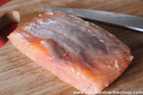 Tartar de salmon y aguacate www.cocinandoentreolivos (13)