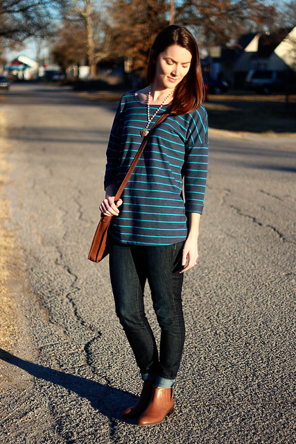 striped-sweatshirt-and-jeans-3
