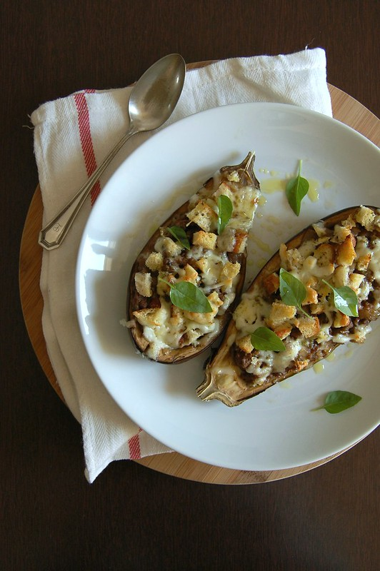 Baked moussaka eggplants / Barquinhas de moussaka