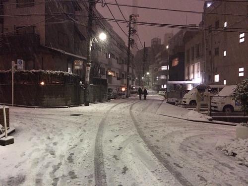 2014年2月14日の雪 - 18時ごろ@恵比寿
