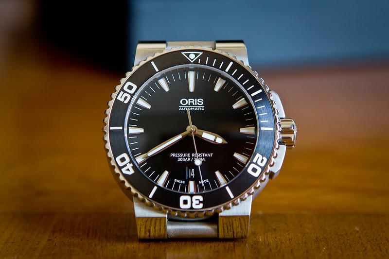 Oris Aquis Date Men's 43mm Automatic Black Rubber Date Watch 733.7653 ...
