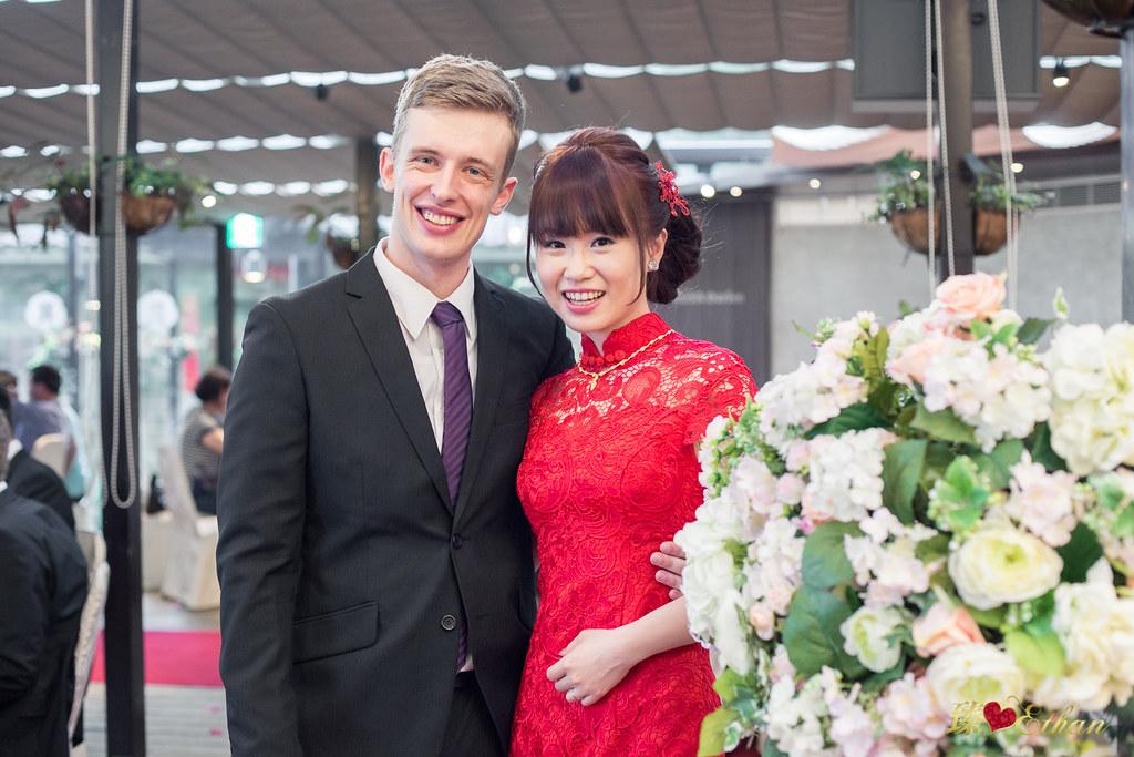 婚禮攝影,婚攝,大溪蘿莎會館,桃園婚攝,優質婚攝推薦,Ethan-186