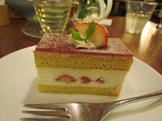 Chaya Hibuya - Strawberry shortcake