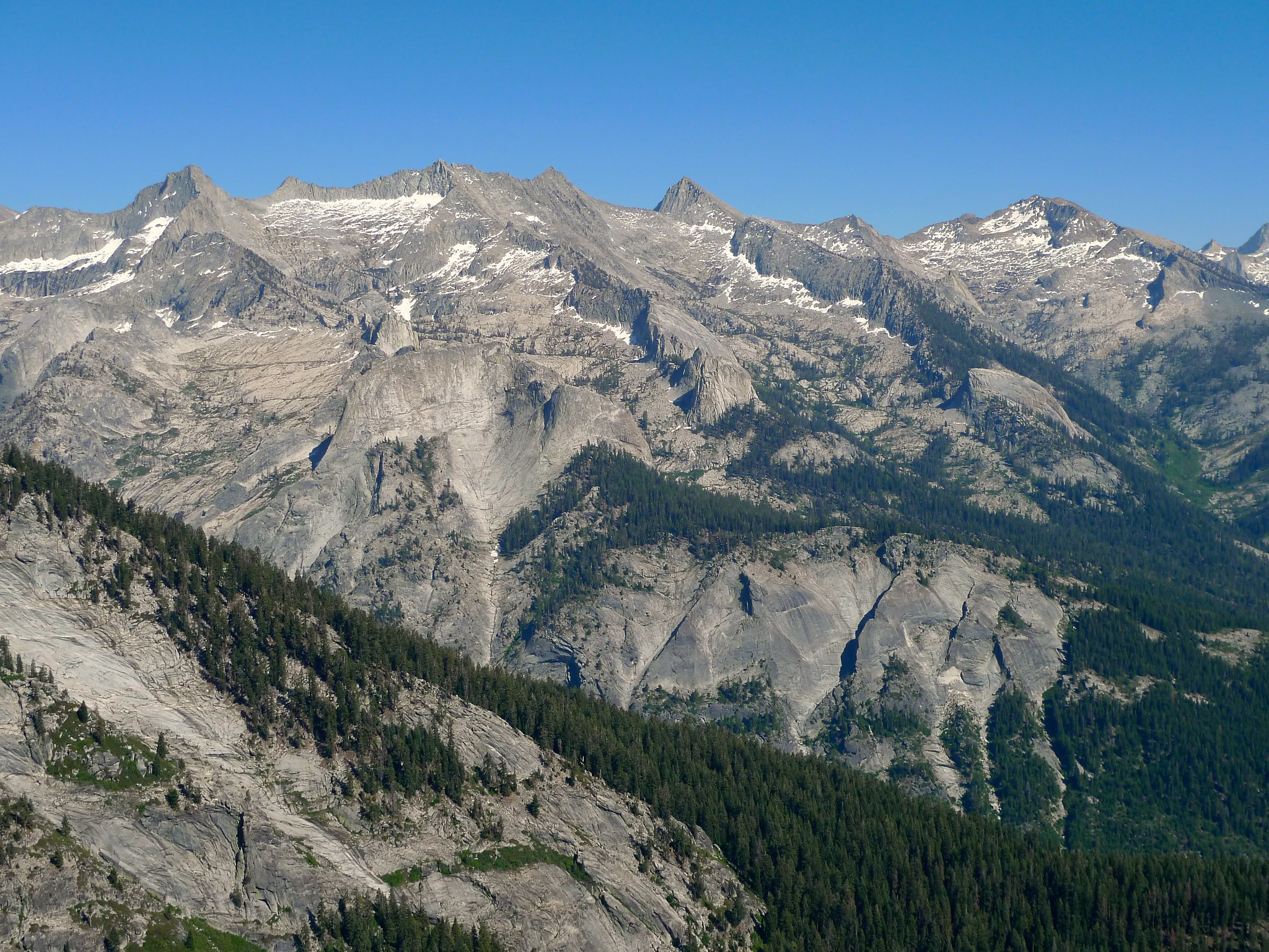 Great Western Divide from a ridge between Alta Meadow and Moose Lake