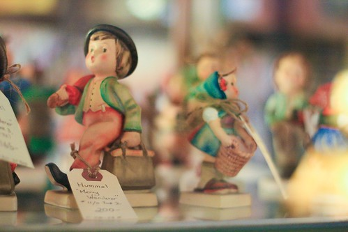 Yaciuk's antiques, clocks and collectibles