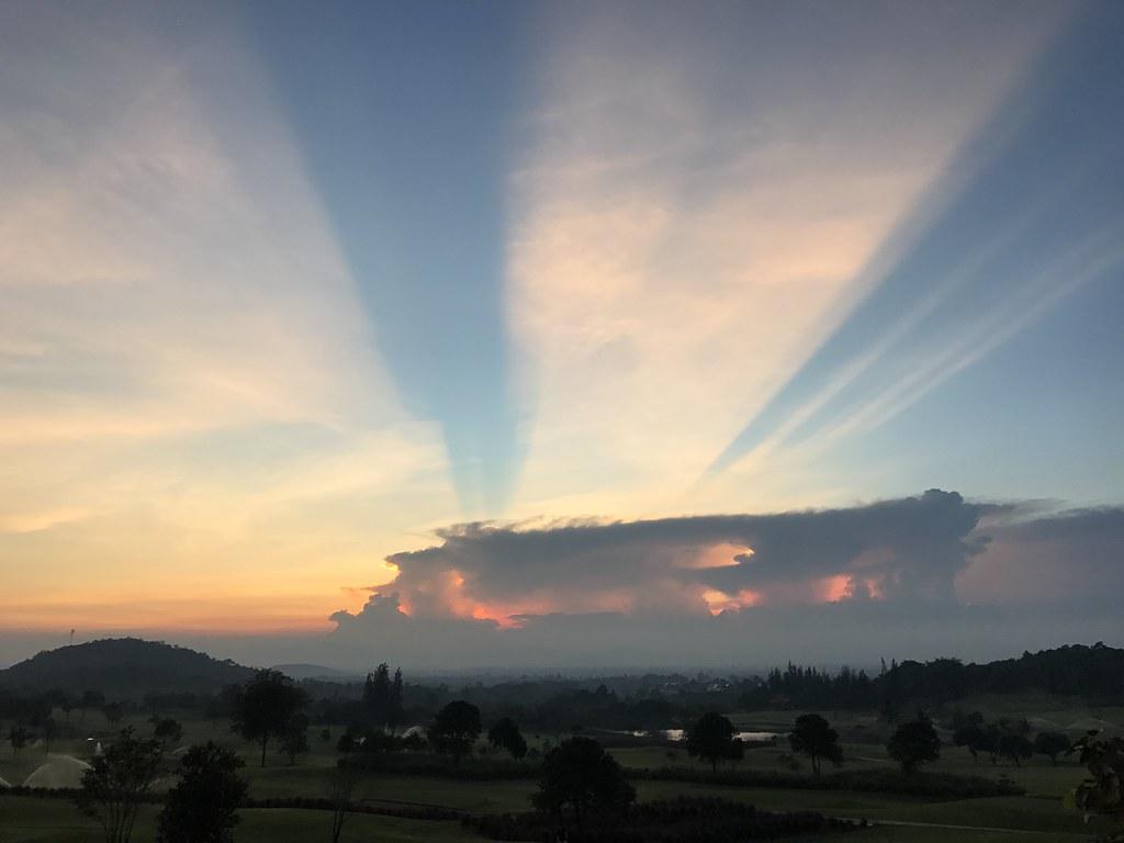 Sunset at Banyan GC Huahin