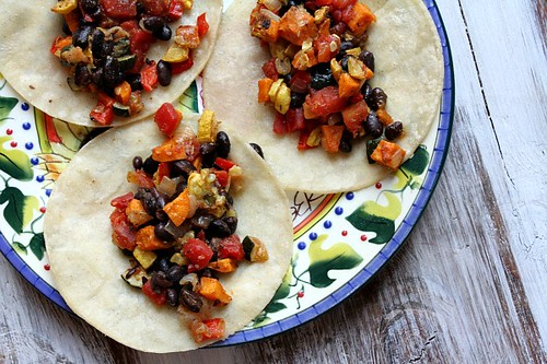 Roasted-Vegetable-and-Black-Bean-Tacos-4
