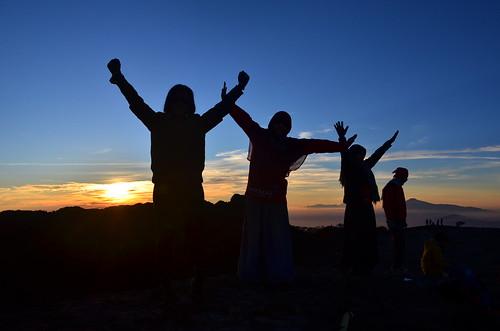 Pendakian Bersama Sahabat