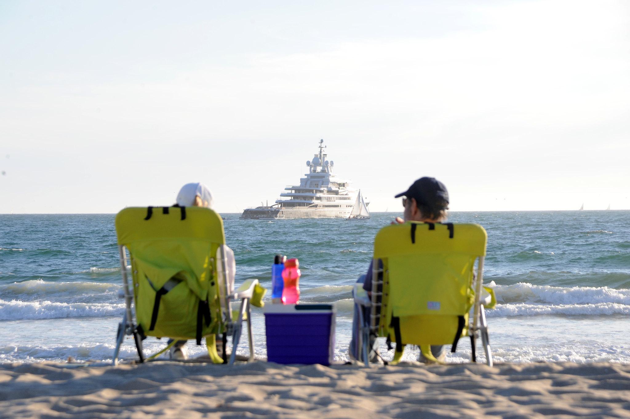Russian Billionaire Roman Abramovich S 115m Luna Docks Off Venice
