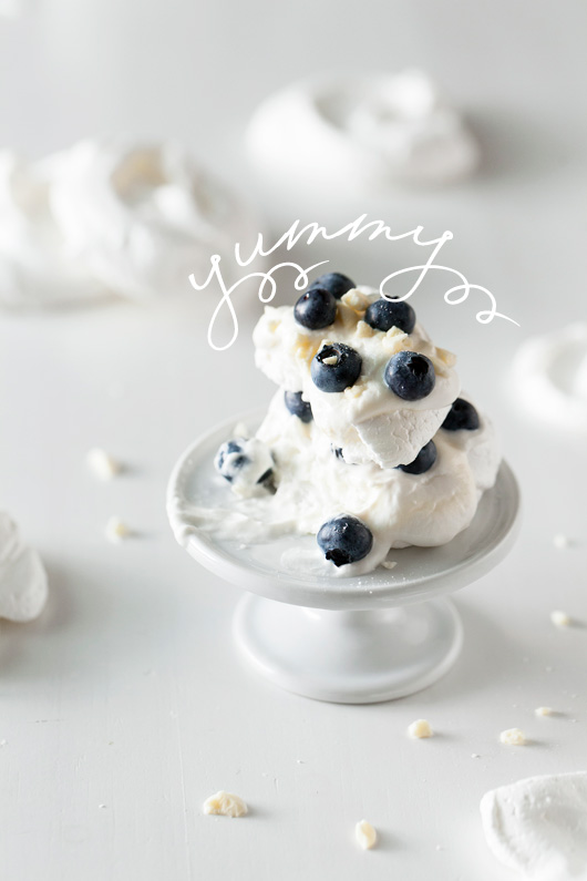 Food In Motion: White and Blue Dessert