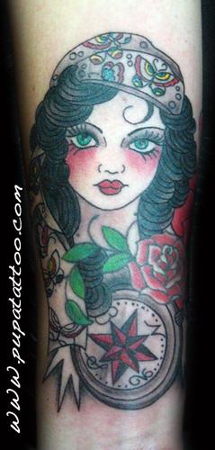 Tatuaje chica gitana Pupa Tattoo, Granada by Marzia PUPA Tattoo