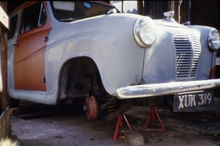 Austin A35 van XUK319 under repair, Beatrice Street, Swindon 2.8.1984 Scans628