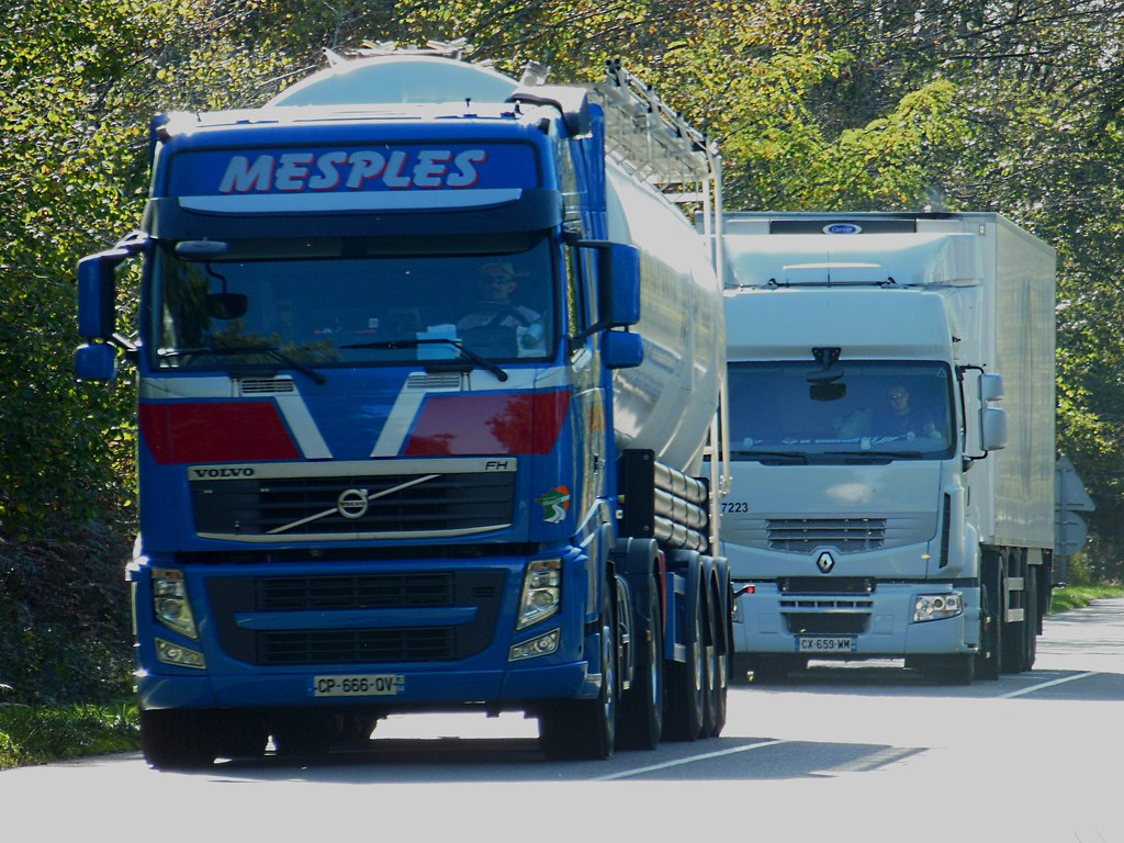 Volvo FH & Renault Premium
