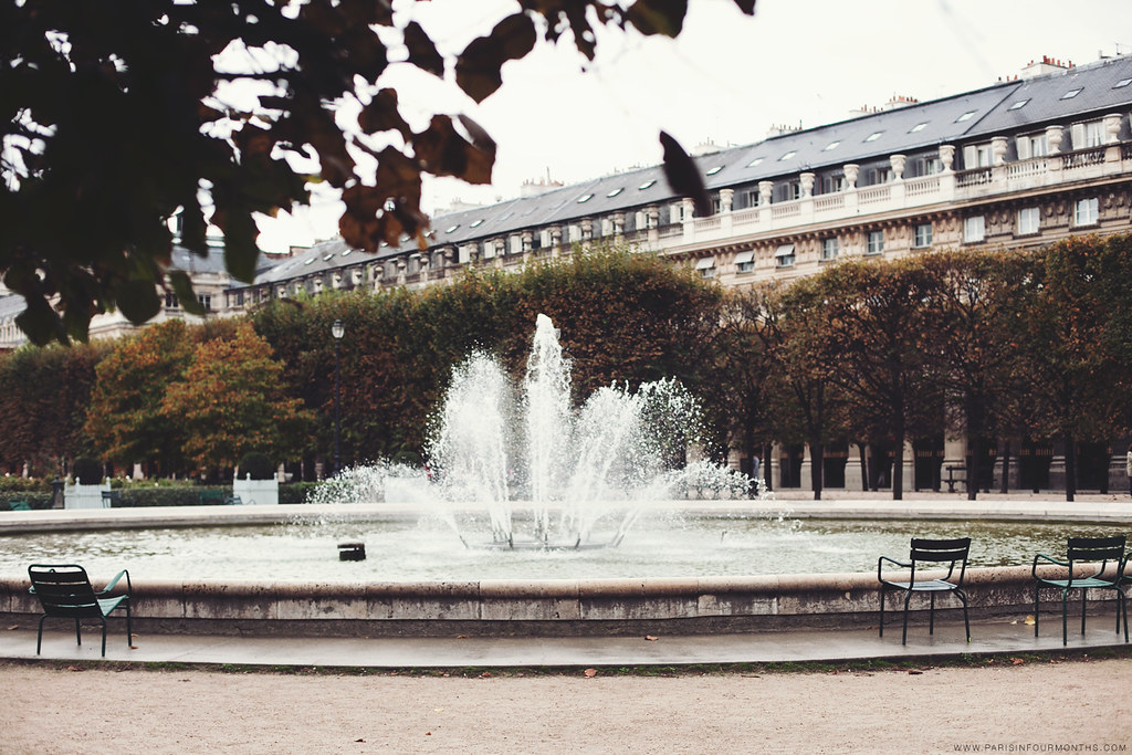 Autumn in Jardin du Palais Royal