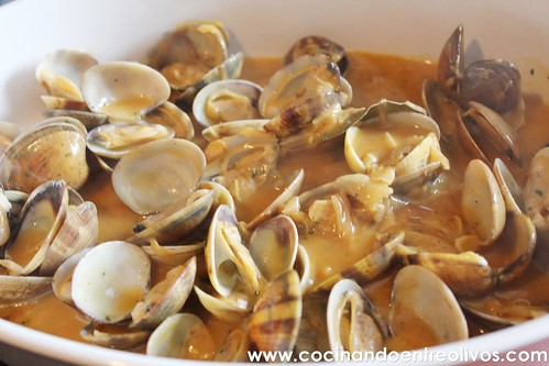 Almejas a la marinera www.cocinandoentreolivos (11)