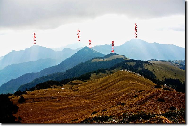 東稜百岳(From盤石西峰東望)