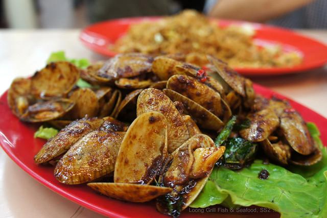 Loong Grill Fish & Seafood, SS2 - kam heong lala clams