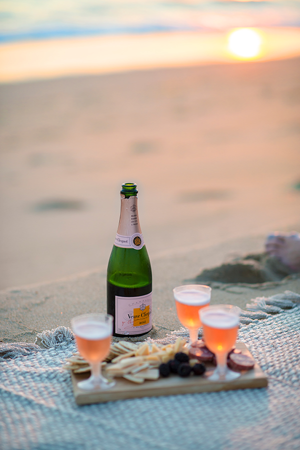 eatsleepwear, beach, happy-hour, california, champagne, veuve-clicquot
