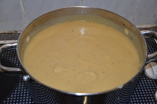 curried parsnip and apple soup Jan 14