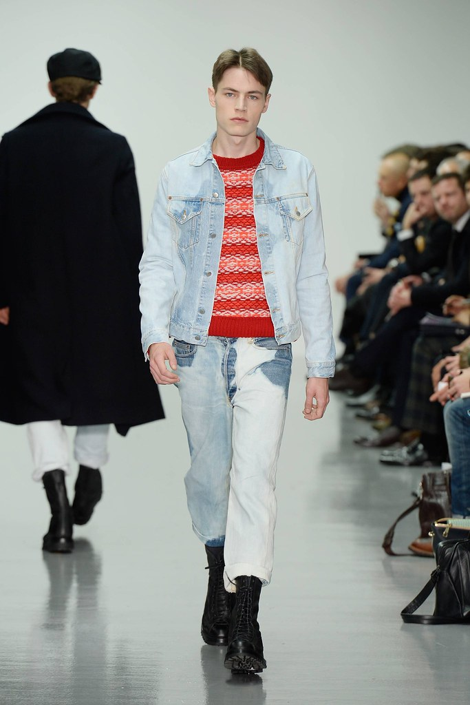 FW14 London Lou Dalton016_Jonas Kloch(VOGUE)