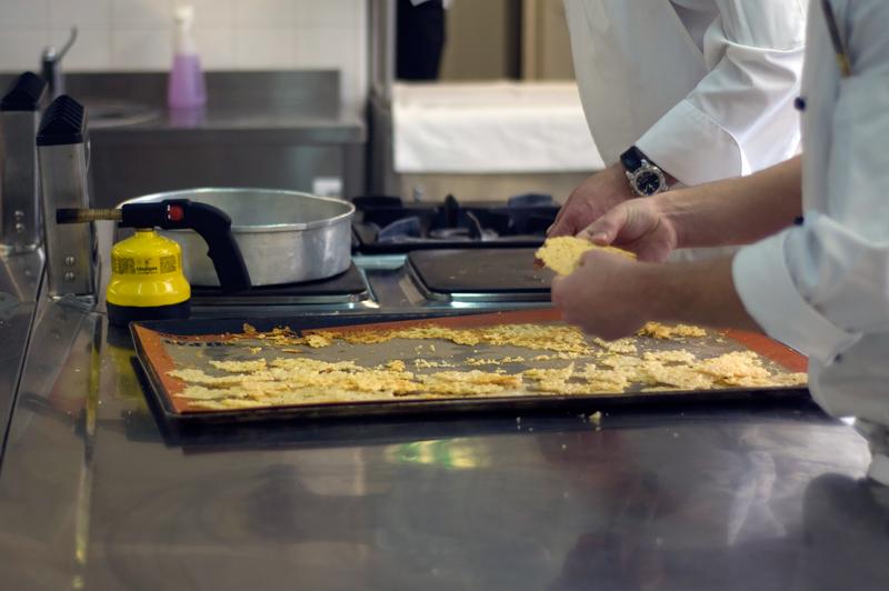 na cozinha da Escola de Hotelaria e Turismo de Lisboa