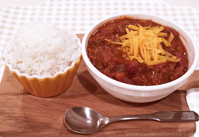 slow cooker hearty beef chili recipe_notext