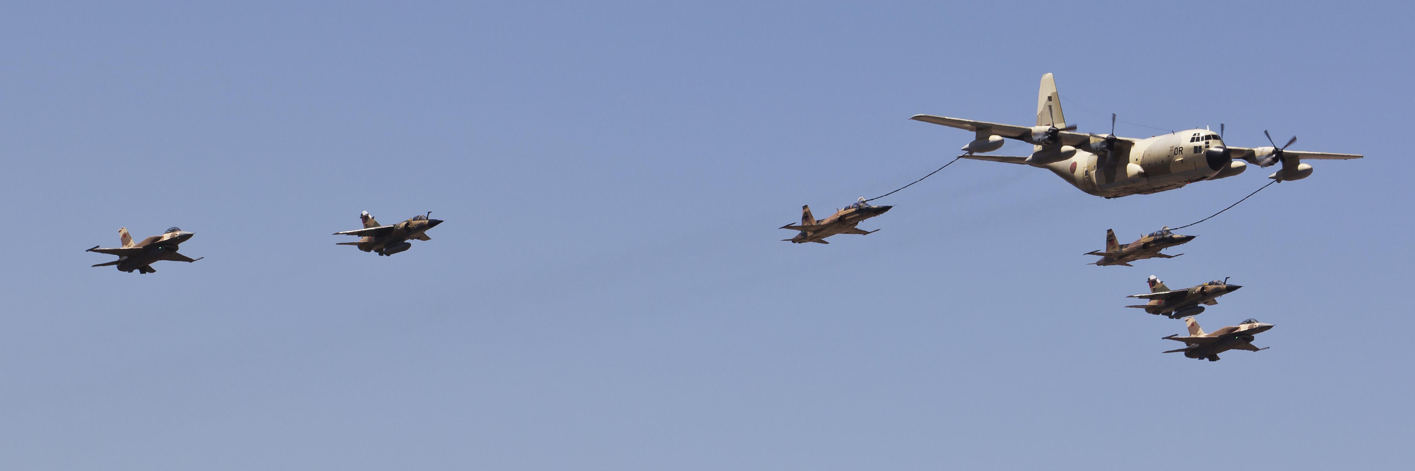 طائرات النقل العاملة بالقوات المسلحة المغربية 13945932888_5f01aa397f_o