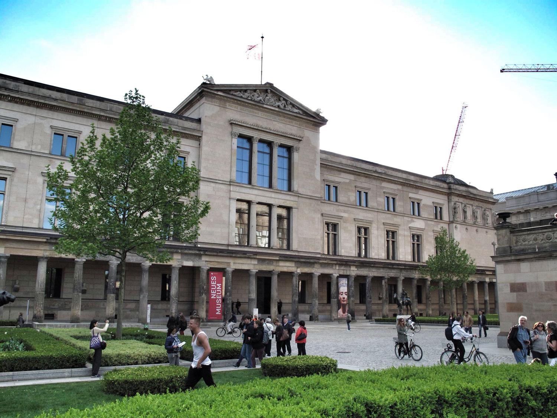 neues museum_museo nuevo_berlin_Friedrich August Stüler _fachada
