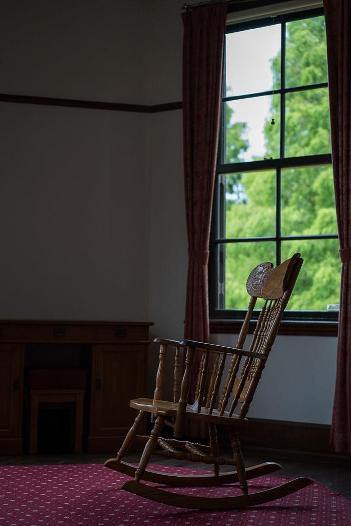 外交官の家-椅子-