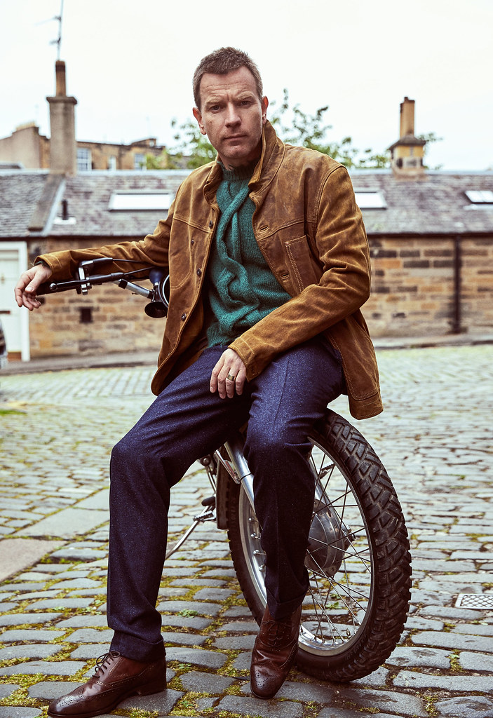 Юэн МакГрегор — Фотосессия для «Esquire» 2016 – 6