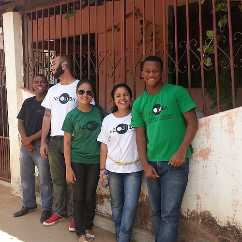 Equipe de Monitores do NEOJIBA atuando este fim de semana em Angical-BA